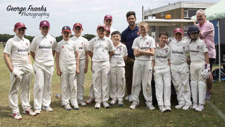 Essex Captain, Ryan Ten Doeschate visits MCCF U12s